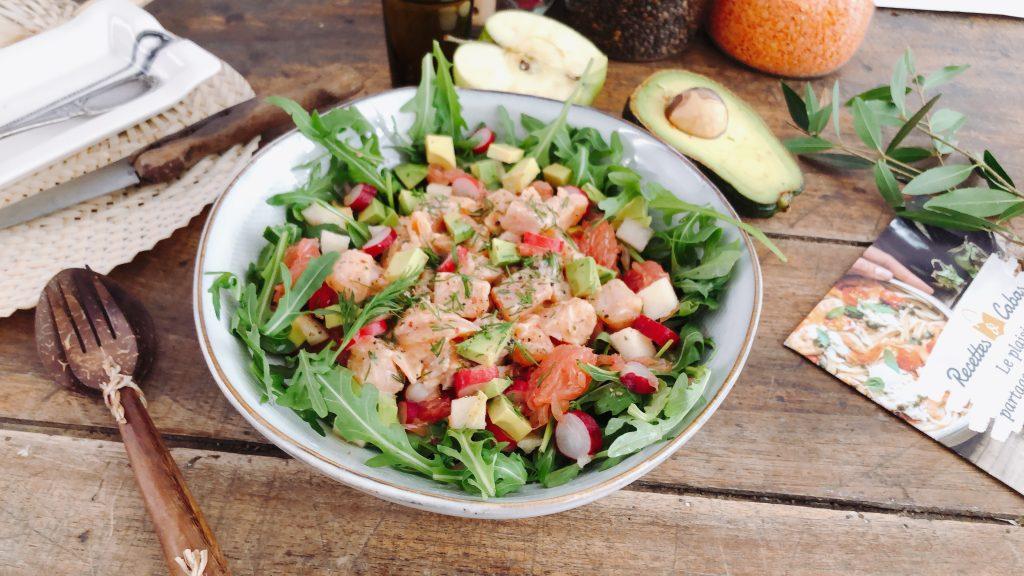 salade de saumon mariné aux radis rose et pamplemousse, avocat