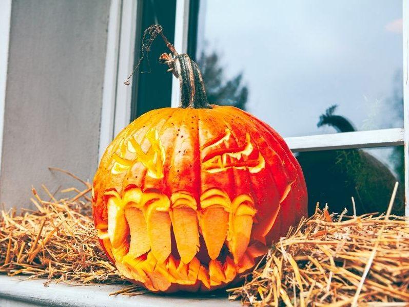 Citrouille d'Halloween sculptée