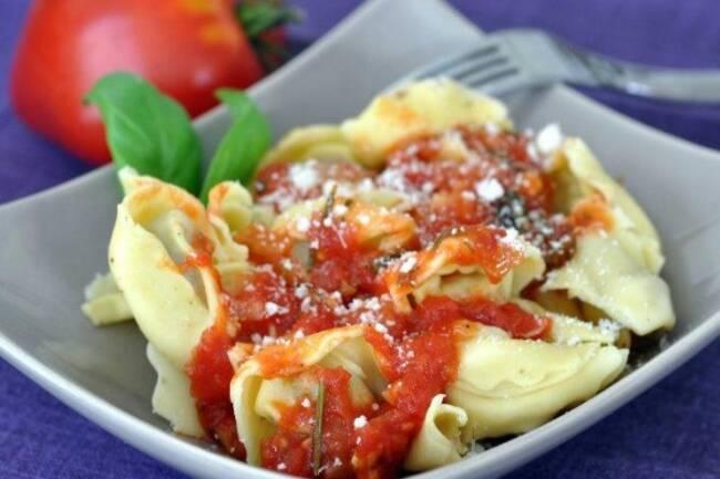Recette Ravioles farcies à la sauce tomate maison