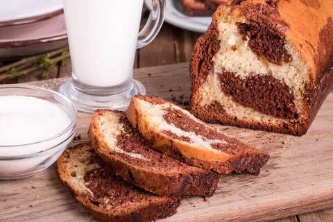 Recette de Cake marbré au chocolat - Compote de pomme