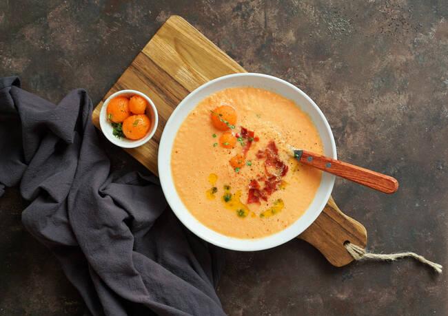 Recette Soupe de melon aux épices, galette végétarienne