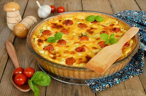 Recette de Quiche tomates cerises et pignons - Salade