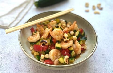 Recette de Wok de crevettes aux légumes et aux noix de cajou (SG)