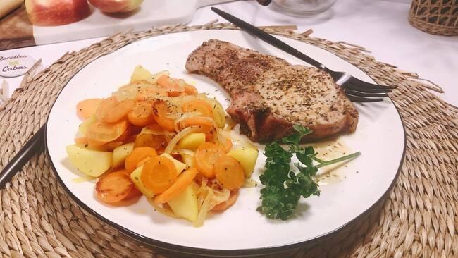 Recette Côtes de porc  poêlées, carottes aux pommes (SG)