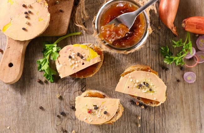 Recette Foie gras de canard, confit de figues, bouquet de mâche