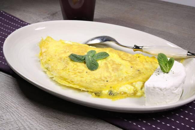 Recette Omelette à la menthe et au chèvre, mâche (SG)