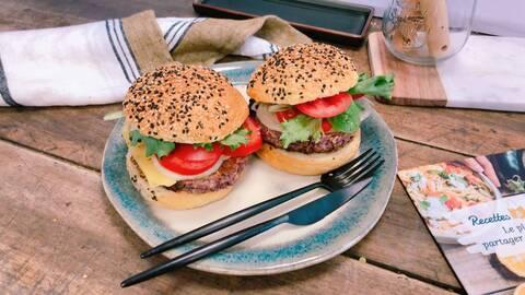 Recette de Burger végétarien, salade verte