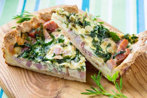 Recette Tarte jambon-épinards - Salade