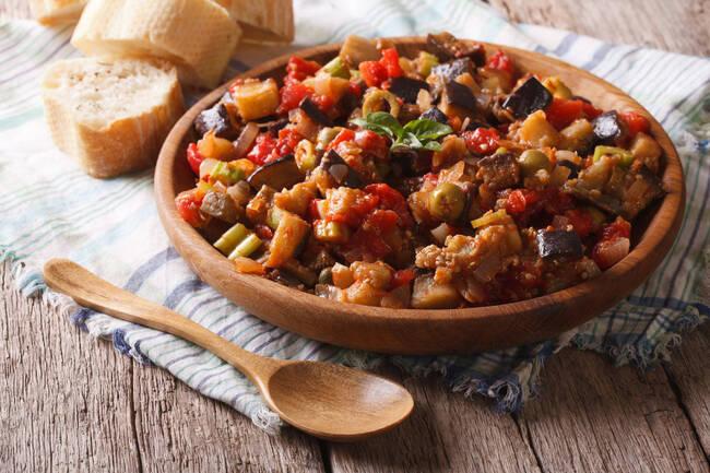 Recette Caponata sicilienne, couscous olives