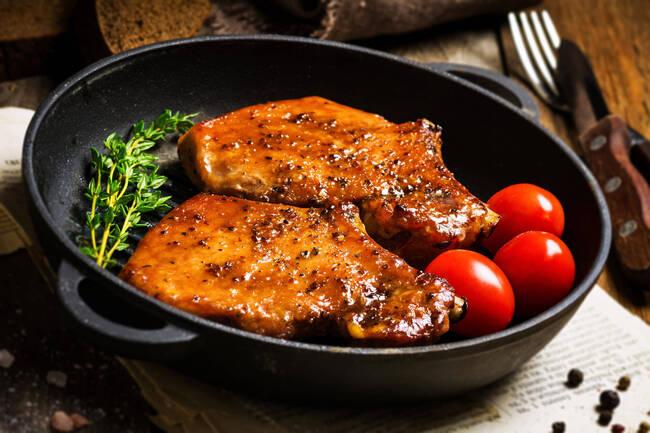 Recette Grillade de porc à l'aigre doux, compotée de tomates (SG)