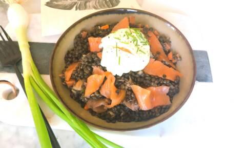 Recette de Salade de lentilles au saumon fumé et oeuf poché (SG)
