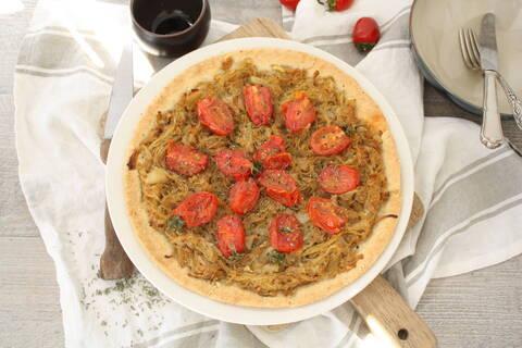 Recette de Pissaladière aux tomates cerises - Salade