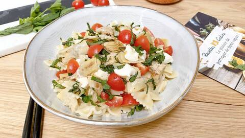 Recette Salade de farfalle aux artichauts, à la mozzarella et à la menthe