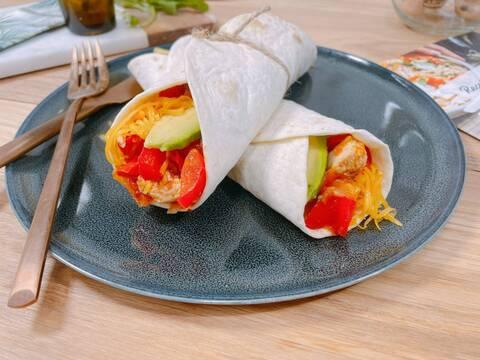 Recette de Fajitas poulet-tomates-poivrons-cheddar-avocat