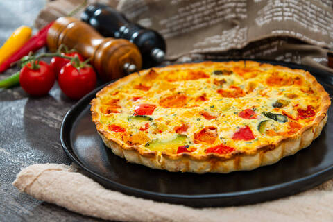 Recette Tarte aux légumes du soleil - Salade verte