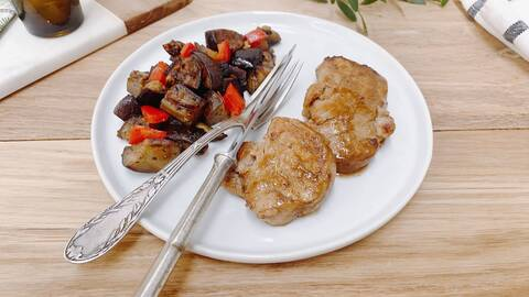 Recette Filet mignon de porc au sirop d'erable-aubergines-tomates (SG)