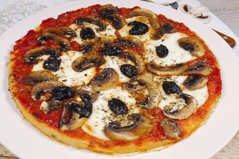 Recette de Galettes de polenta façon pizza, salade (SG)
