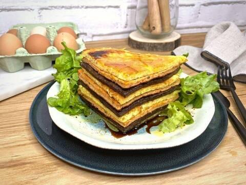 Recette Mille feuille d'omelette provençale - Salade verte