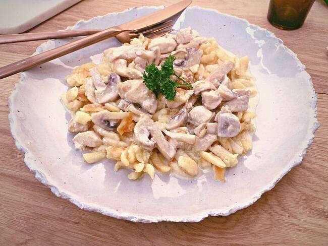 Recette Spaetzles crémeuses poulet - Champignons
