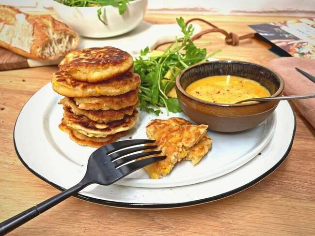 Recette Pancakes de maïs, mayonnaise maison piment-citron, salade avocat-roquette