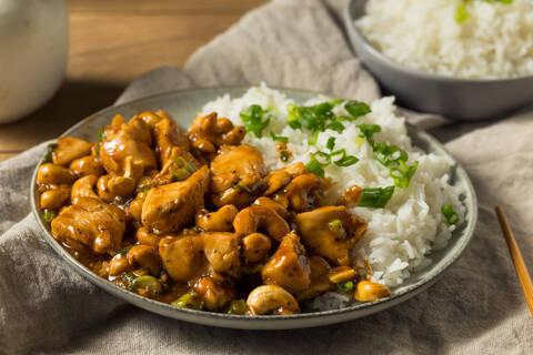 Recette de Poulet aux noix de cajou, sirop d'érable, riz basmati