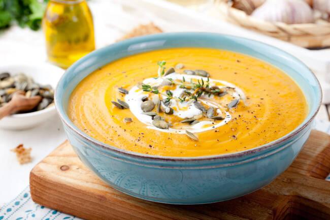 Recette Soupe de légumes, quenelles sauce tomate