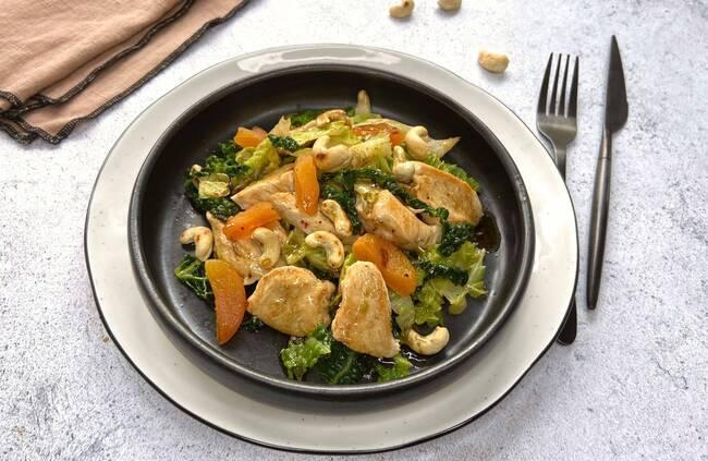 Recette Wok de poulet aux noix de cajou et abricots