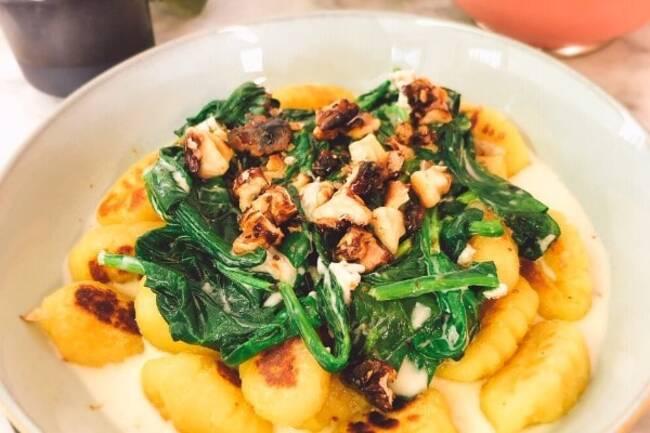 Recette Gnocchis gorgonzola et noix caramélisées