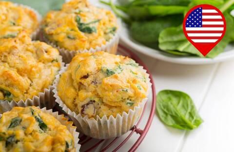 Recette de Muffins aux carottes et à la ciboulette, coleslaw