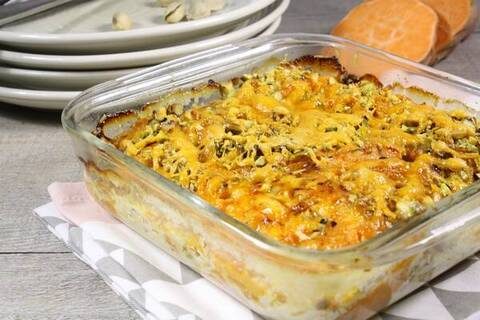 Recette de Gratin patates douces, pistaches et mimolette