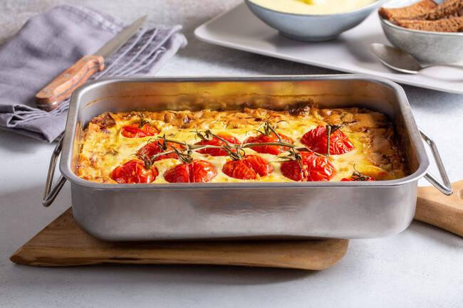 Recette Clafoutis aux tomates cerises et brebis basque - Salade
