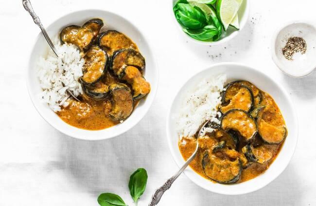 Recette Curry d'aubergines au lait de coco, riz
