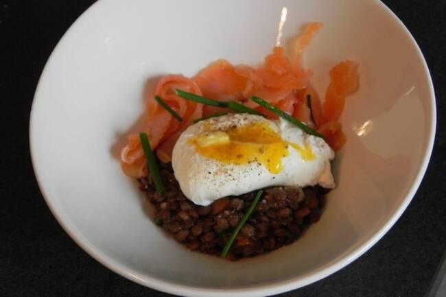Recette Salade de lentilles au saumon fumé et œuf