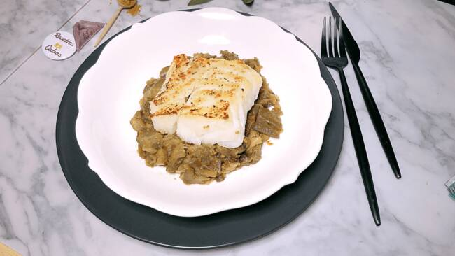 Recette Filets de poisson blanc rôti, compotée d'aubergines au cumin (SG)