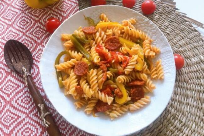 Recette One-pot-pasta, chorizo, légumes du soleil