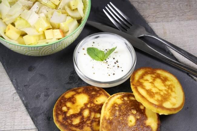 Recette Crêpes de maïs - Salade d'endives aux pommes
