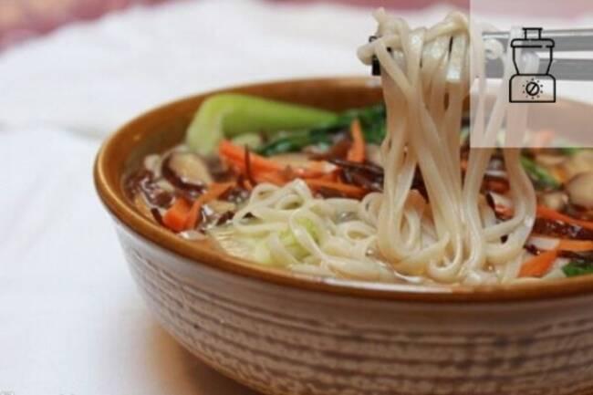 Recette Soupe chinoise legumes et nouilles de riz