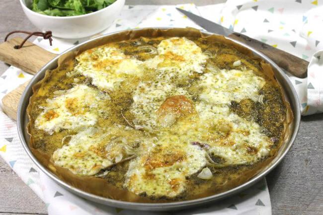 Recette Pizza au fromage taleggio et pesto, salade