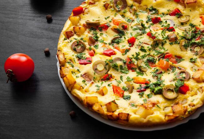 Recette Omelette parfum d'olives et salade