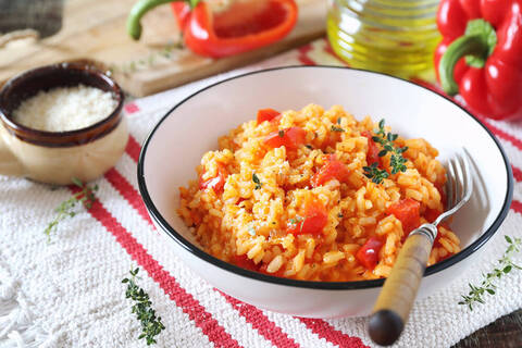 Recette de Riz pilaf à la tomate et au jambon - Pamplemousse (SG)