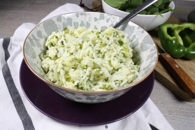 Recette Riz aux légumes verts et lait de coco - Pousses d'épinards (SG)Express