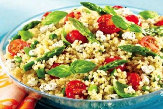 Recette Salade de quinoa aux courgettes, feta et roq