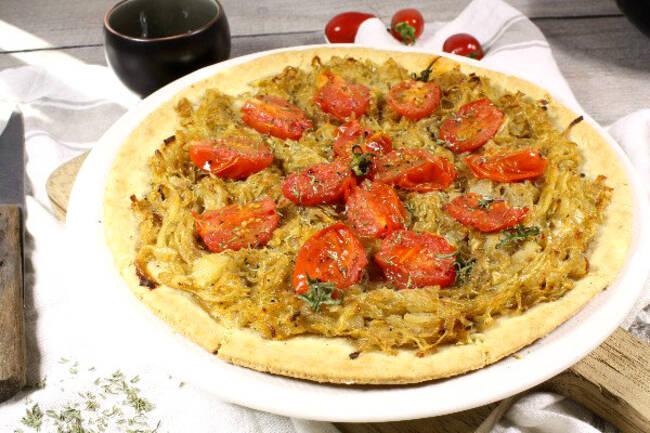 Recette Pissaladière aux tomates cerises, salade vert