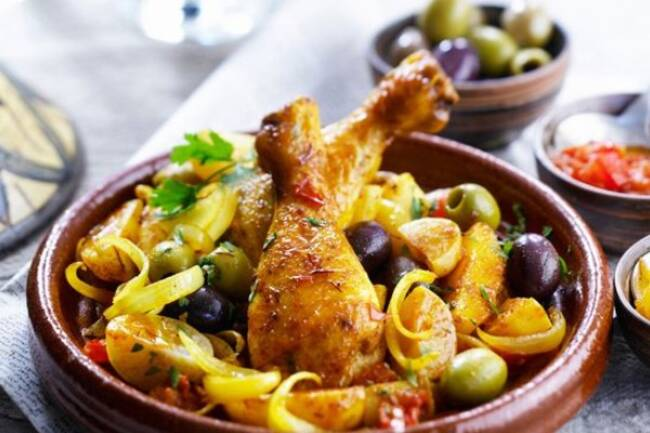 Recette Tajine de poulet, citrons confits, couscous