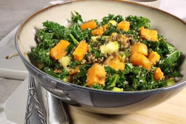 Recette Salade tiède de lentilles, quinoa et légumes