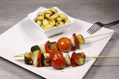 Recette de Brochettes de légumes au barbecue, pommes de terre